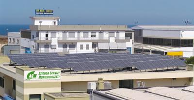 Il nuovo impianto (19,8 Kw di potenza) rientra nell'ambito del Programma Tetti Fotovoltaici della Regione Puglia.